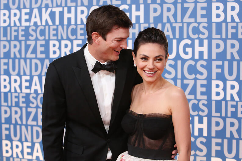 ashton kutcher mila kunis breakthrough prize nasa