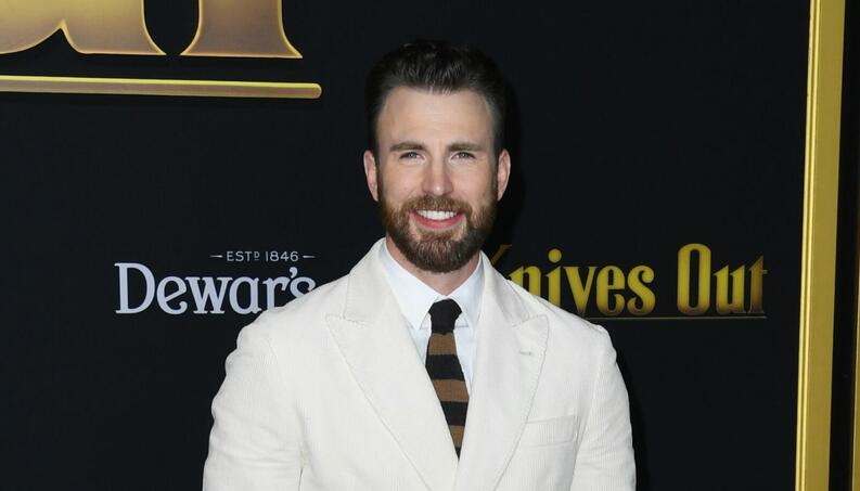 chris evans premiere knives out 2019 portada 1400x800