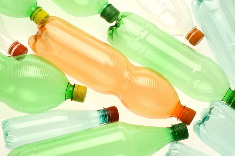 ideas de reciclaje con botellas de plastico 1