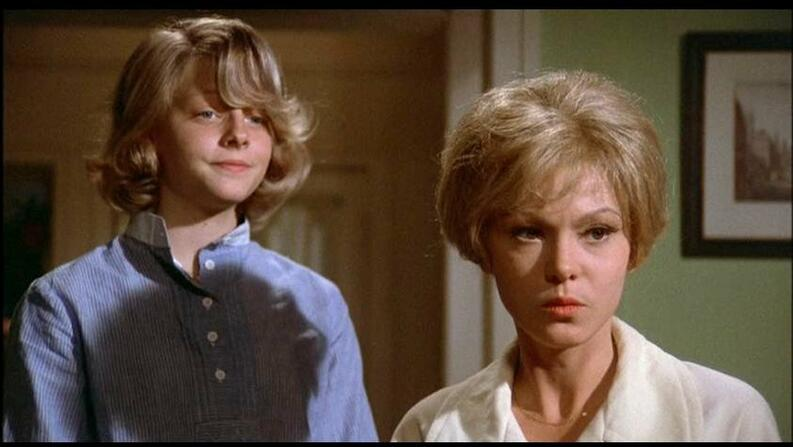 jodie foster and barbara harris in freaky friday 1976