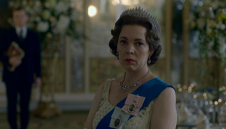 the crown temporada 3 reina isabel olivia colman