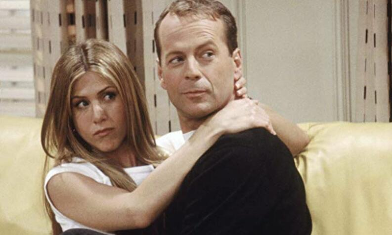 friends bruce willis 0119 1400x800