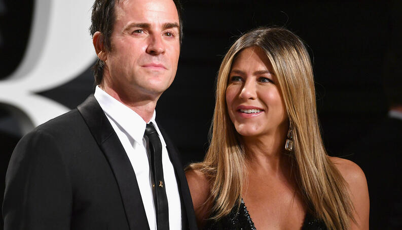 justin theroux jennifer aniston 0219 400x800