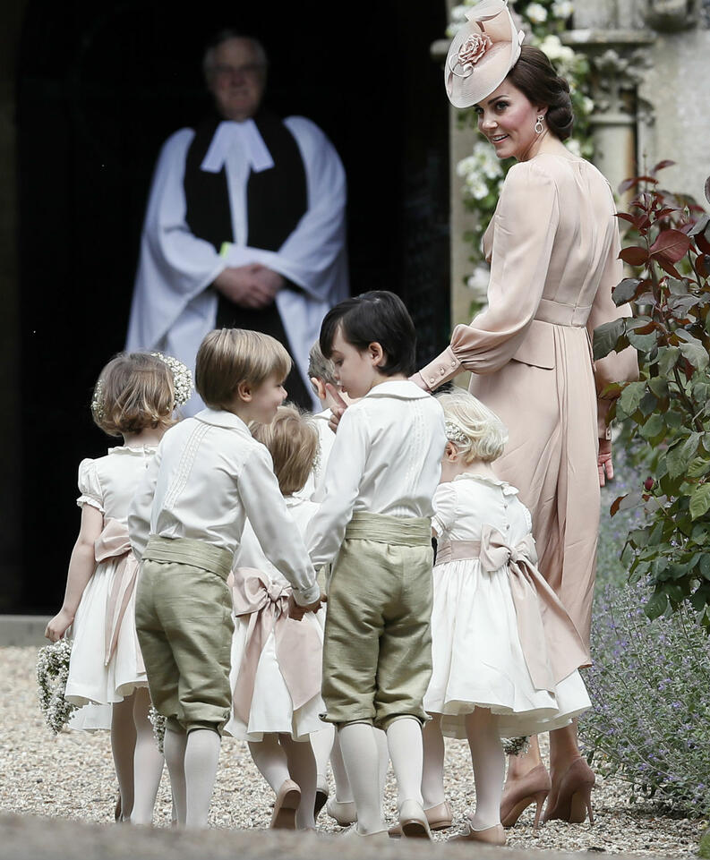 kate middleton mae 05